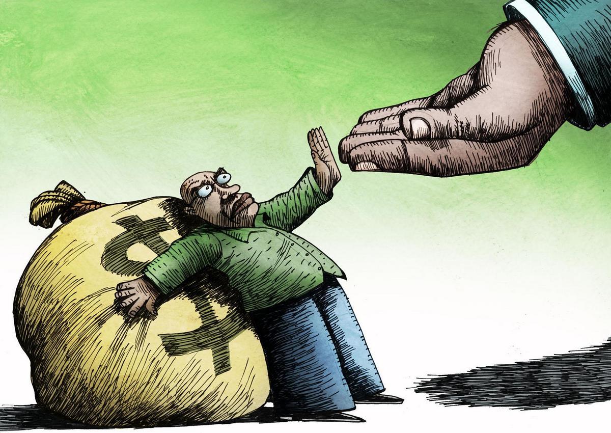 бедных обобрать проще