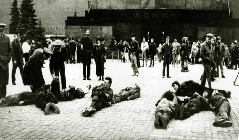 90-е. протест против запрета мата