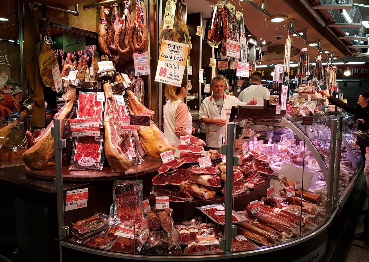 продукты из красного мяса в Европе